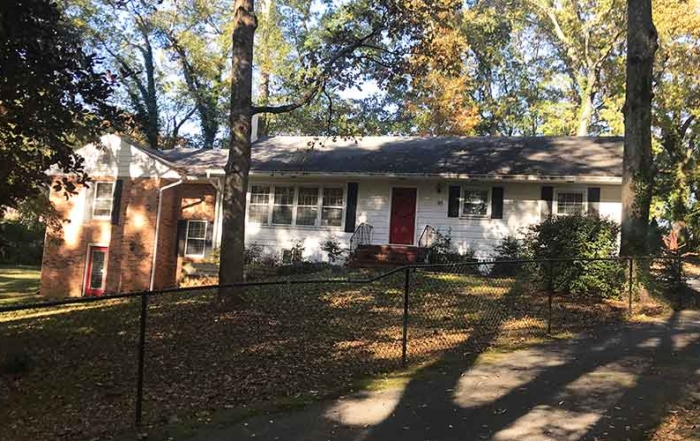 4 bed, 3 bath ranch home on 95 Cassville Rd in Cartersville for lease.